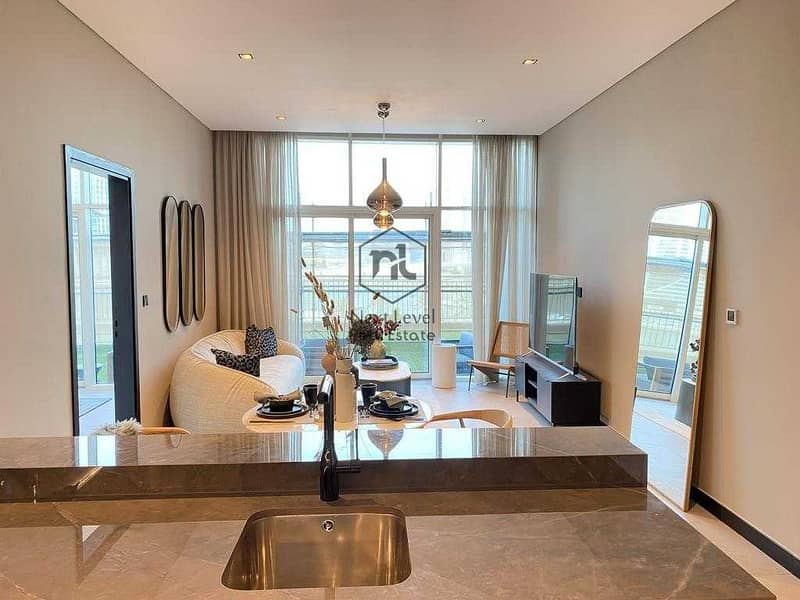 DLD Waiver | Modern | High floor