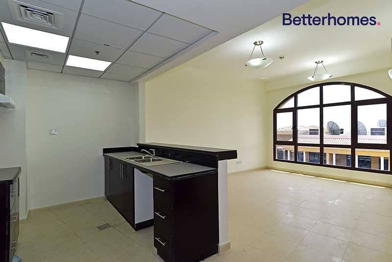 Great Apartment | Well Maintained | Pool | Gym