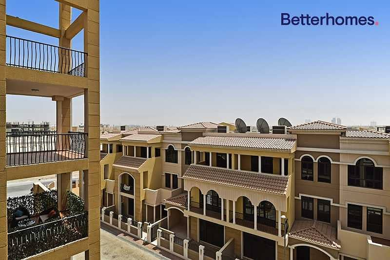 10 Great Apartment | Well Maintained | Pool | Gym