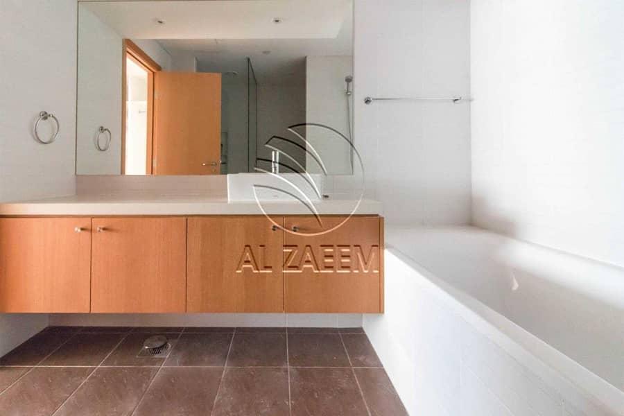 13 Hot Deal! A Lovely Home In Al Raha Beach