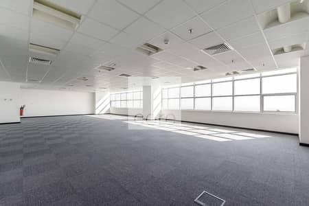 مکتب  للبيع في أبراج بحيرات الجميرا، دبي - 6 parkings | Fitted with Glass Partitions | Vacant