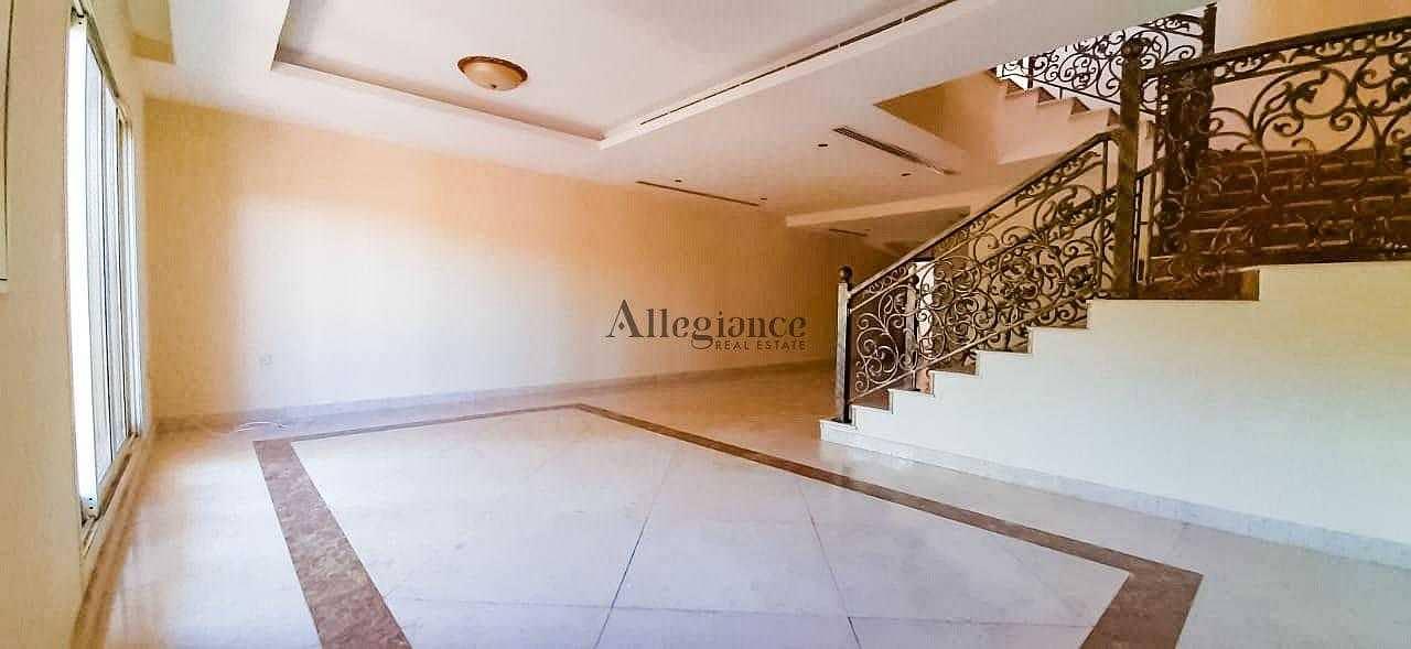 2 spacious villa| Corner|Ready to move