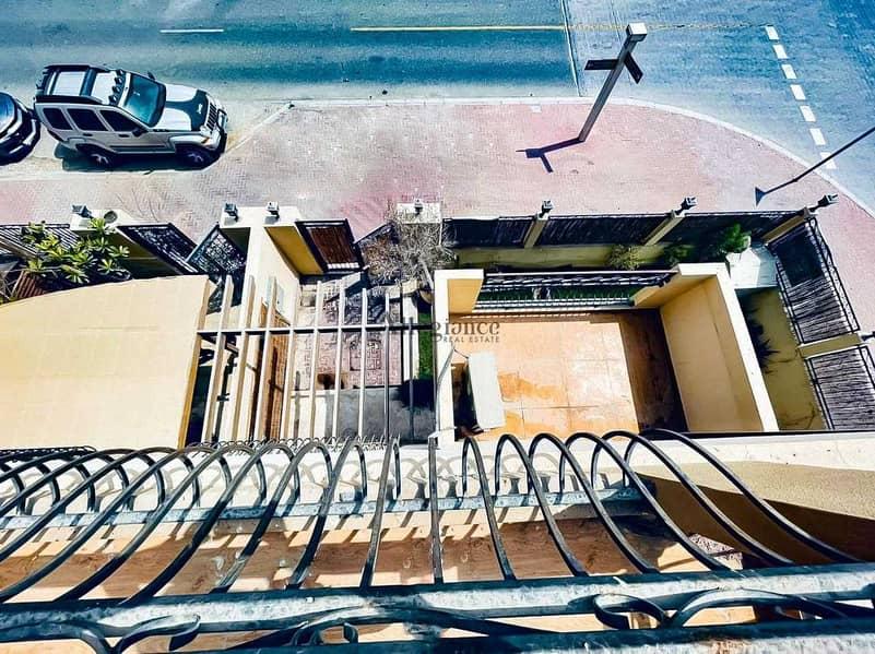 30 spacious villa| Corner|Ready to move