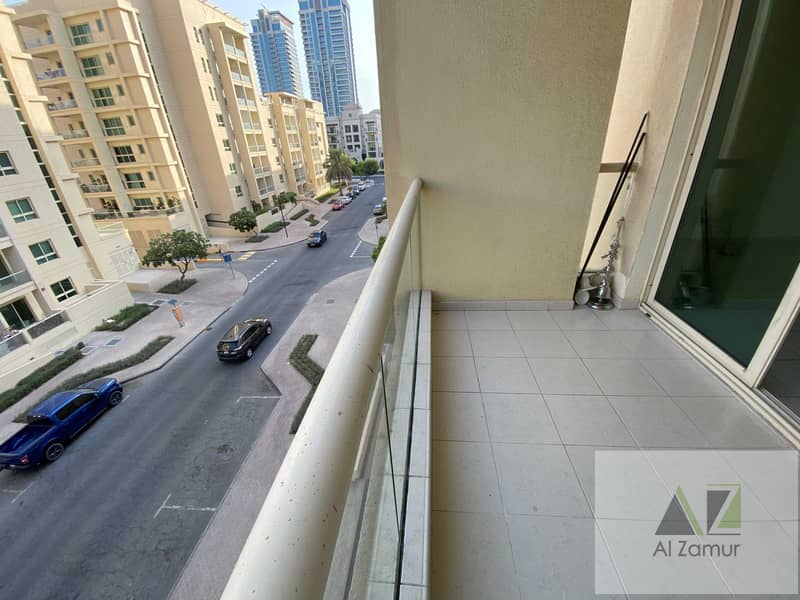Luxury 1bhk +Balcony +GYm&Swimming pool
