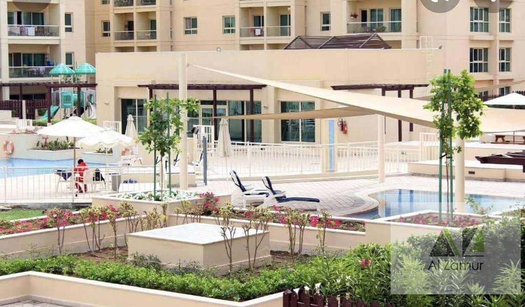 18 Luxury 1bhk +Balcony +GYm&Swimming pool