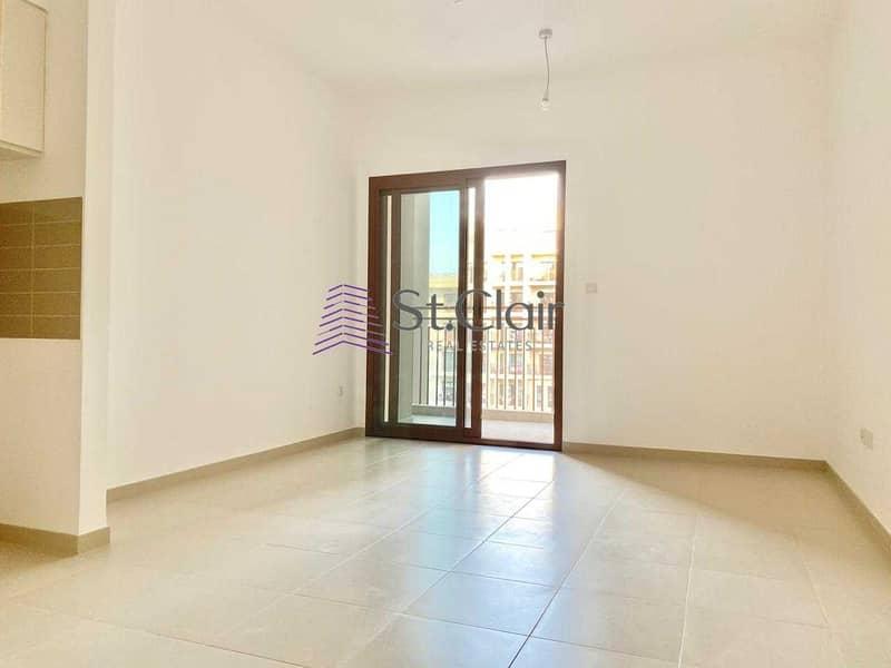 2 Pool View | Best Buy Large 1 Bedroom in Zahra