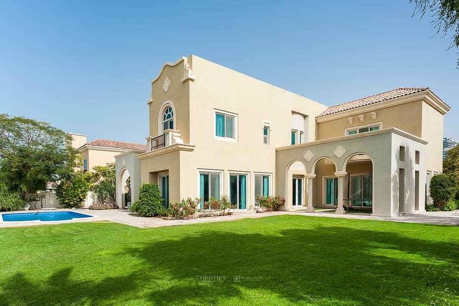 Amazing Golf Views  |  6 Bed Villa  |  Superb Garden