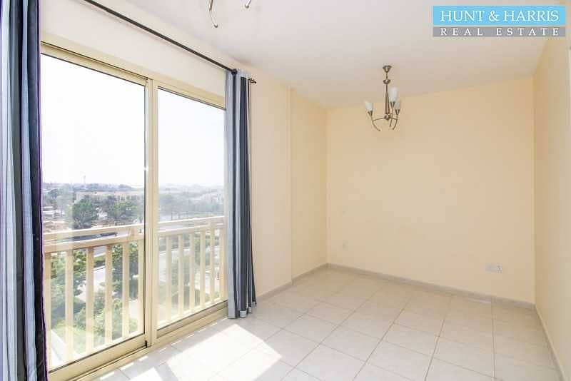 2 Great Community - Spacious Studio -  Great Investment