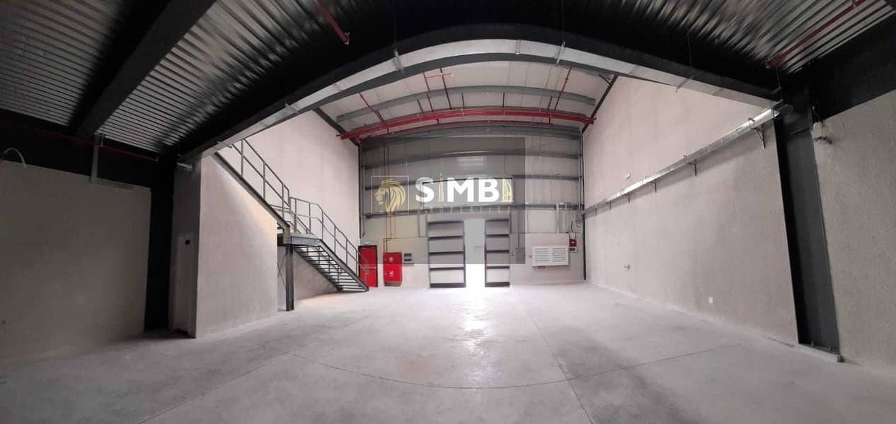 FULLY INSULATED BRAND NEW  WAREHOUSE IN A PRIME LOCATION
