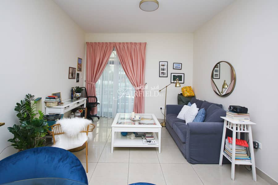 Cozy 1 Br Apt available from 1st Sept