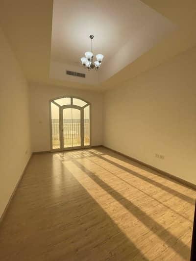 فیلا 4 غرف نوم للبيع في عجمان أب تاون، عجمان - لماذا تشتري شقة في حين أنه يمكنك امتلاك فيلا مميزة بمساحة 3000 قدم مربع في سعر الشقة