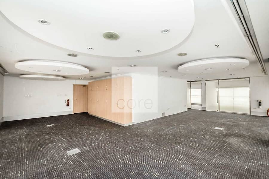 Low Floor | Fitted and Partitioned | Huge