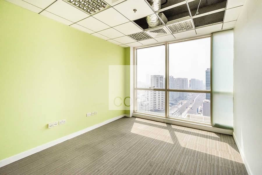 2 High Floor | Fitted and Partitioned | Huge