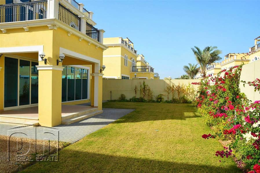 4 Bedrooms | Landscaped | Vacant