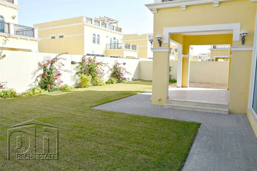 2 4 Bedrooms | Landscaped | Vacant