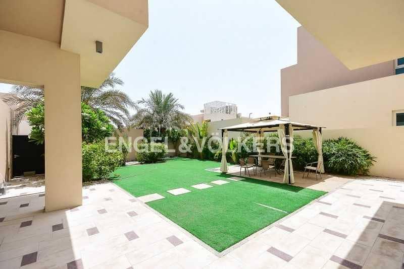 Beautifully Landscaped Villa |Spacious Layout