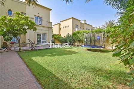 فیلا 3 غرف نوم للبيع في الينابيع، دبي - Great Location   Vacant On Transfer  Close To Pool
