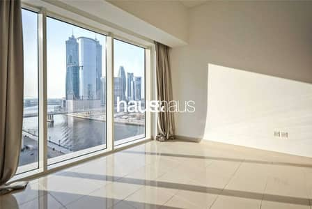 فلیٹ 1 غرفة نوم للبيع في الخليج التجاري، دبي - Fully Furnished | Beautiful View | Available Now