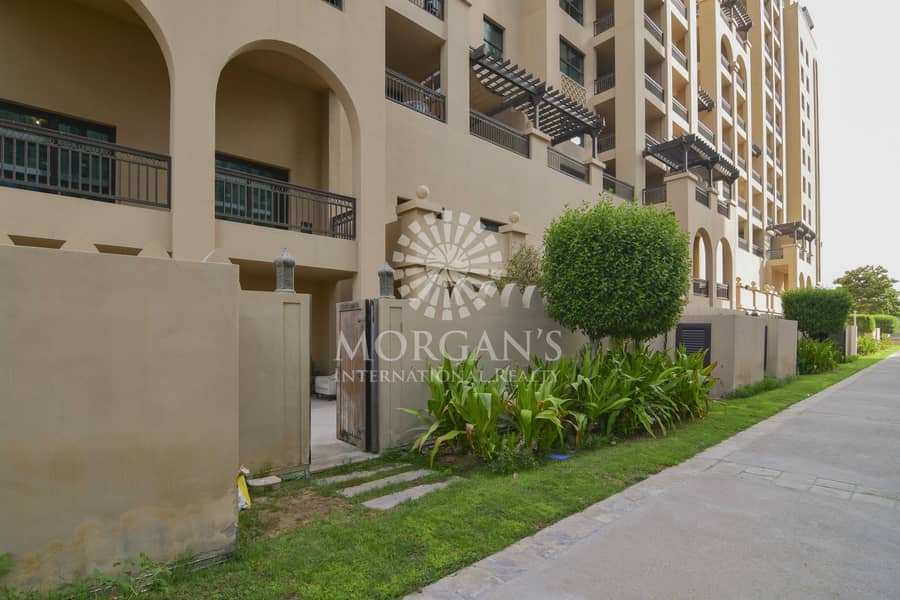 Vacant | Beautiful 3BR Townhouse | Private Pool
