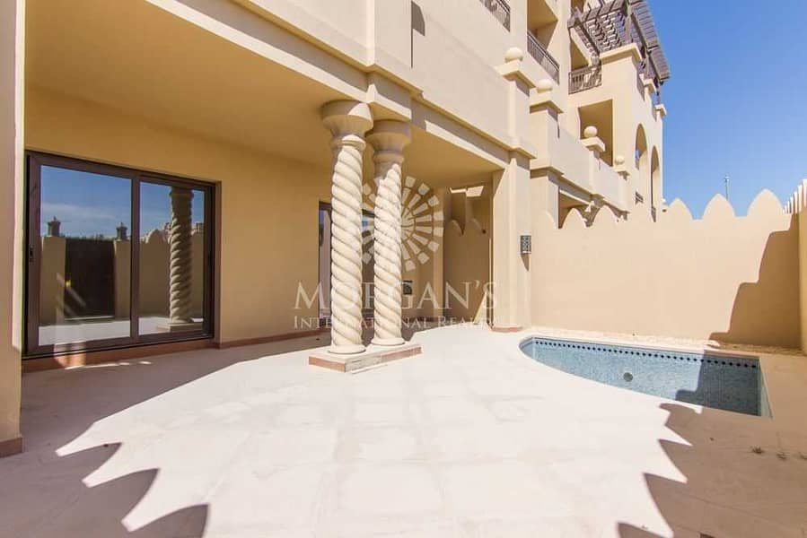 21 Vacant | Beautiful 3BR Townhouse | Private Pool