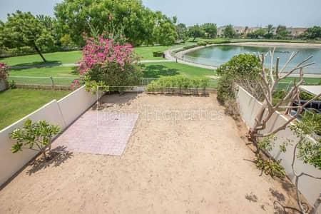 فیلا 2 غرفة نوم للايجار في الينابيع، دبي - Amazing Views   Single Row   Available Now