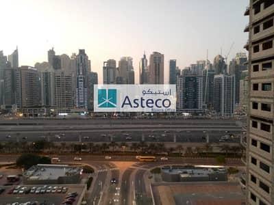 1 Bedroom Flat for Rent in Jumeirah Lake Towers (JLT), Dubai - Panoramic Lake view| 1BHK Plus store| Closed kitchen