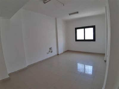 استوديو  للايجار في المنطقة الصناعية، الشارقة - شقة في المنطقة الصناعية 11 المنطقة الصناعية 16000 درهم - 5180219