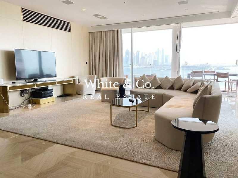 11 Luxurious Beach Front Modern Penthouse