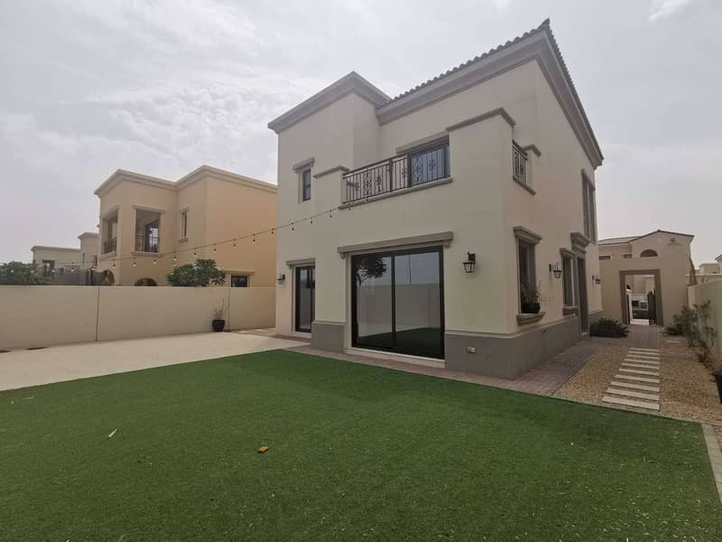 Fantastic Home in Lila with a Large Plot