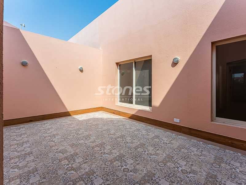 2 Commodious Villa with maid's room | Near beach