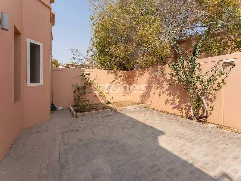 2 A Well-Maintained Unfurnished Villa