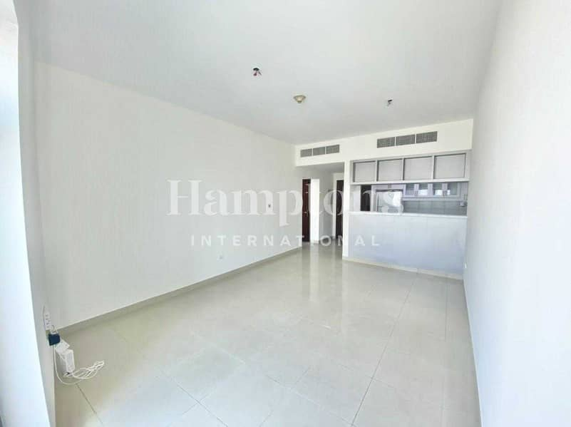 2 Well maintained & upgraded 1 Bedroom Apt