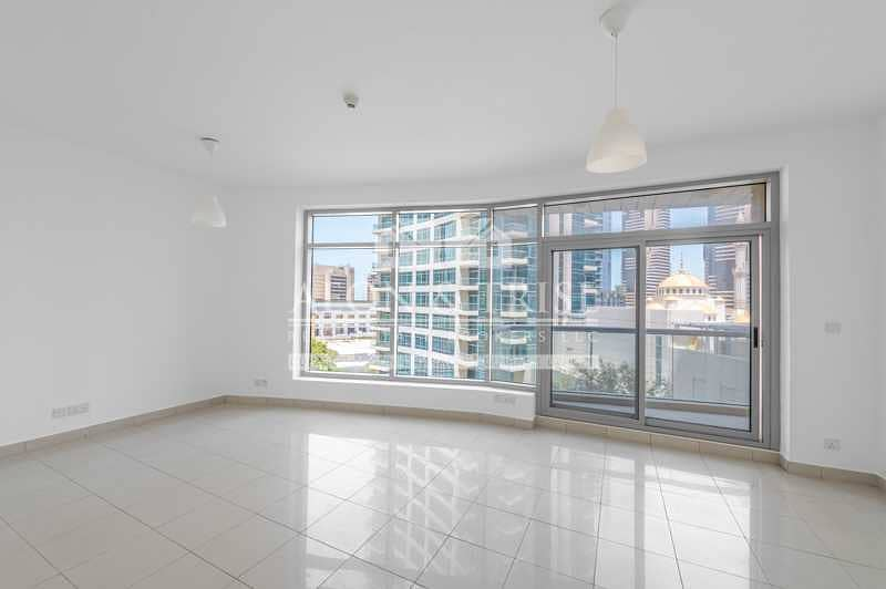 Vacant | Lower Floor | Bright Unit | Marina View