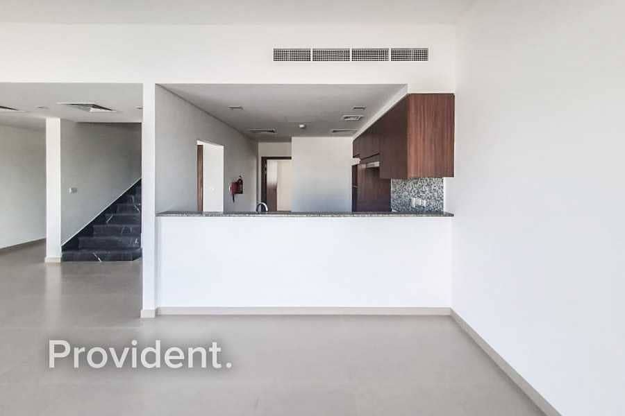 16 Mid Unit with Maid's Room | Type B