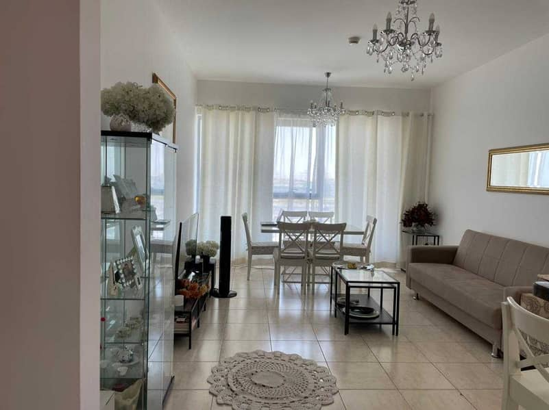 Hot Deal, 2 B/r in Skycourt Tower B, for sale @ 535K
