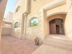 Very Spacious villa in Al Bateen