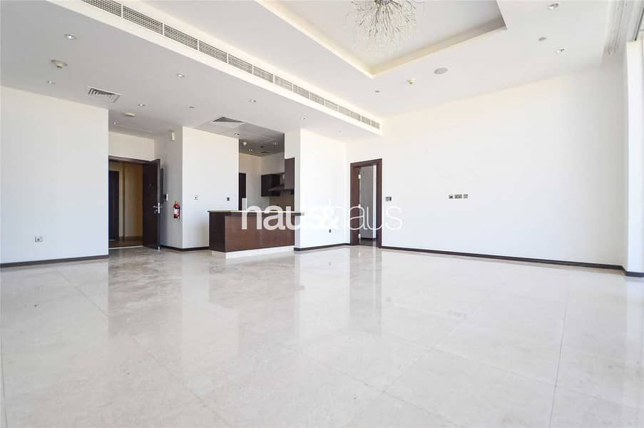 2 Stunning views | 2 bed + Study | Fitted kitchen