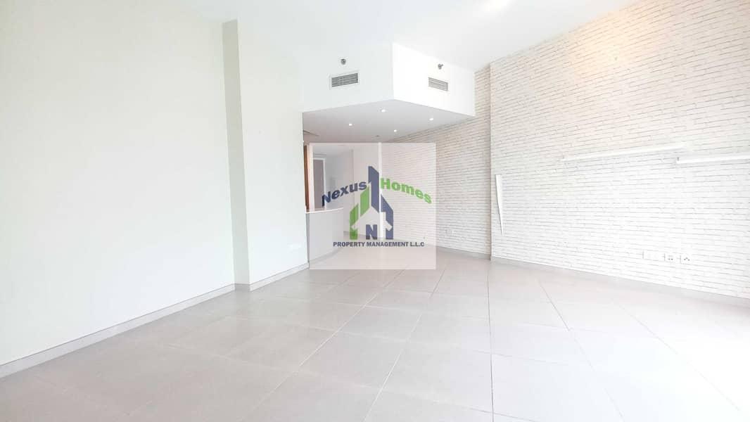 2 Spacious 2 BR Luxurious Apartment All Facilities