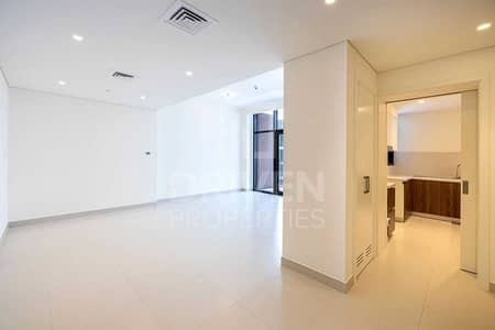 Rare Layout Apt | Exclusive w/ Pool View