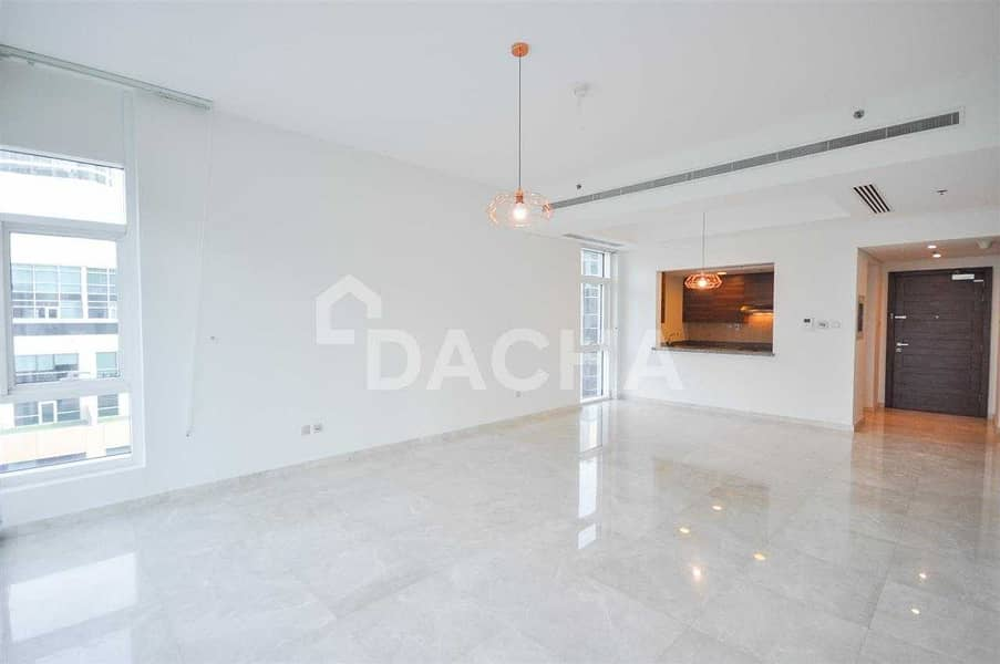 Spacious 1BR with Large terrace and Burj View