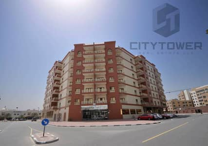 1 bedroom flat behind new gold souk bldg
