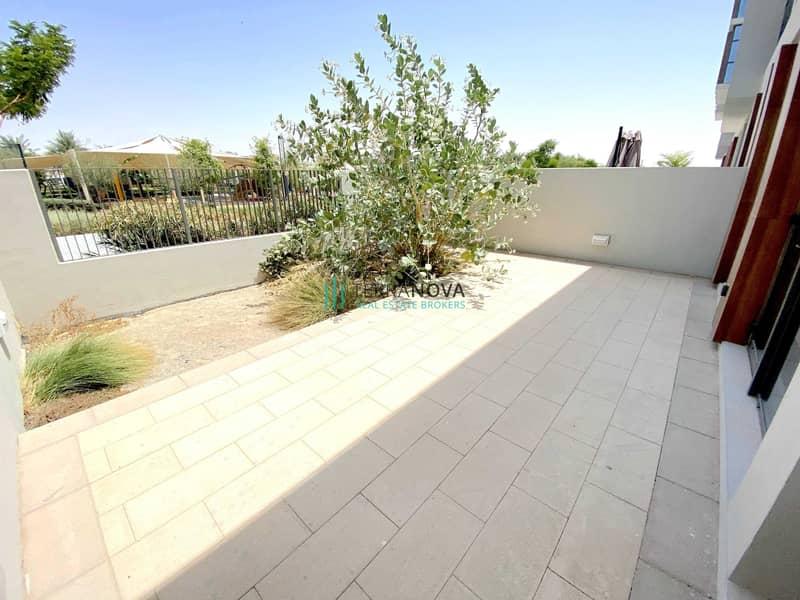 Ready to Move |Duplex | Private Garden | Private Entrance