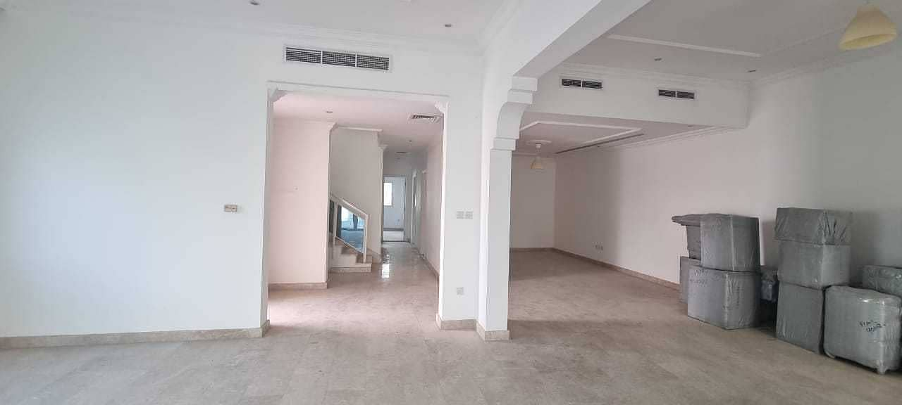Cheapest 6BR corner villa with all master bedrooms and 2 big living halls