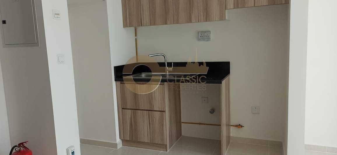 2 Beautiful 1 bedroom apartment for sale