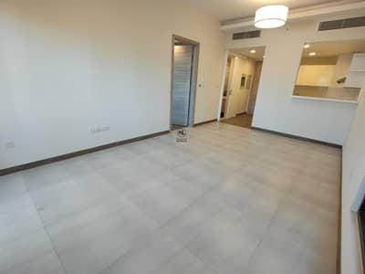 شقة 2 غرفة نوم للايجار في الخليج التجاري، دبي - شقة في سول باي الخليج التجاري 2 غرف 100000 درهم - 4985990