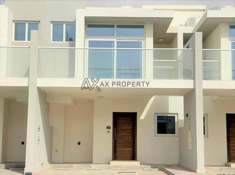 Vacant & Ready to Move 3 Bed Townhouse   Urgent for Sale   Only AED 870k