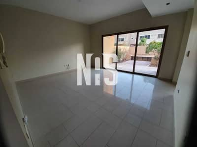 4 Bedroom Townhouse for Sale in Al Raha Gardens, Abu Dhabi - Well Mantained Townhouse 4Br+maid+balcony . . . . . .