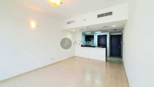 شقة 2 غرفة نوم للايجار في قرية جميرا الدائرية، دبي - تصميم واسع | منظر على حمام السباحة | قريب من سيركل مول