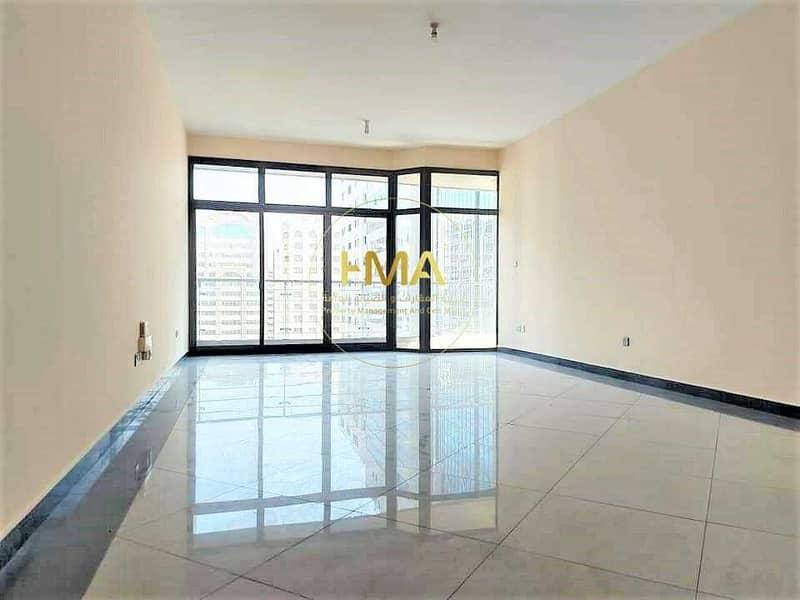 شقة مميزة- خدمات كاملة - باركينات تحت البرج