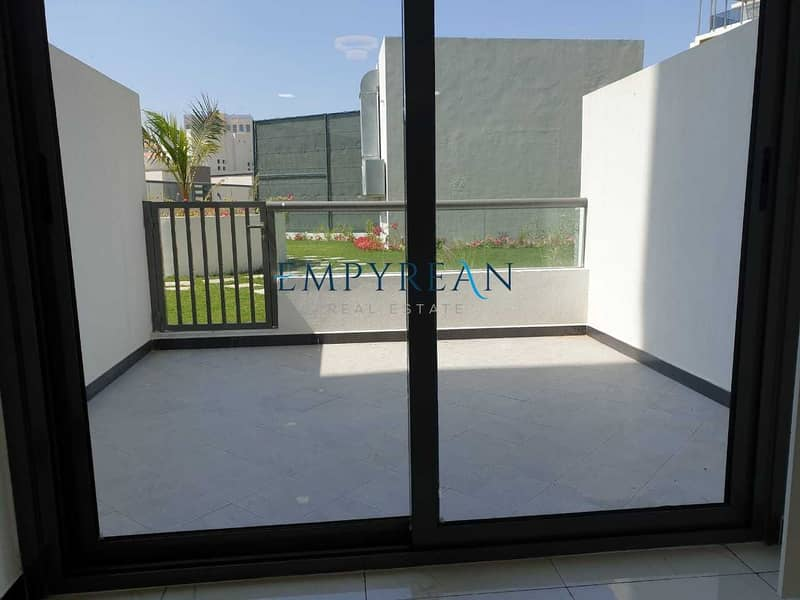 2 exclusive stunning studio with terrace for sale in JVC